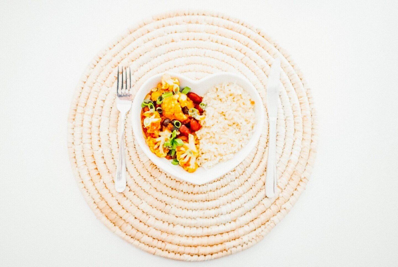 Veganistische curry met bonen